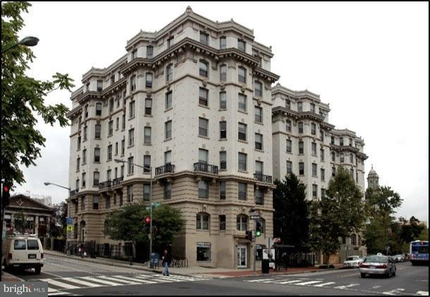 Commercial for Sale at 3060 16th St NW #10 Washington, District Of Columbia 20009 United States