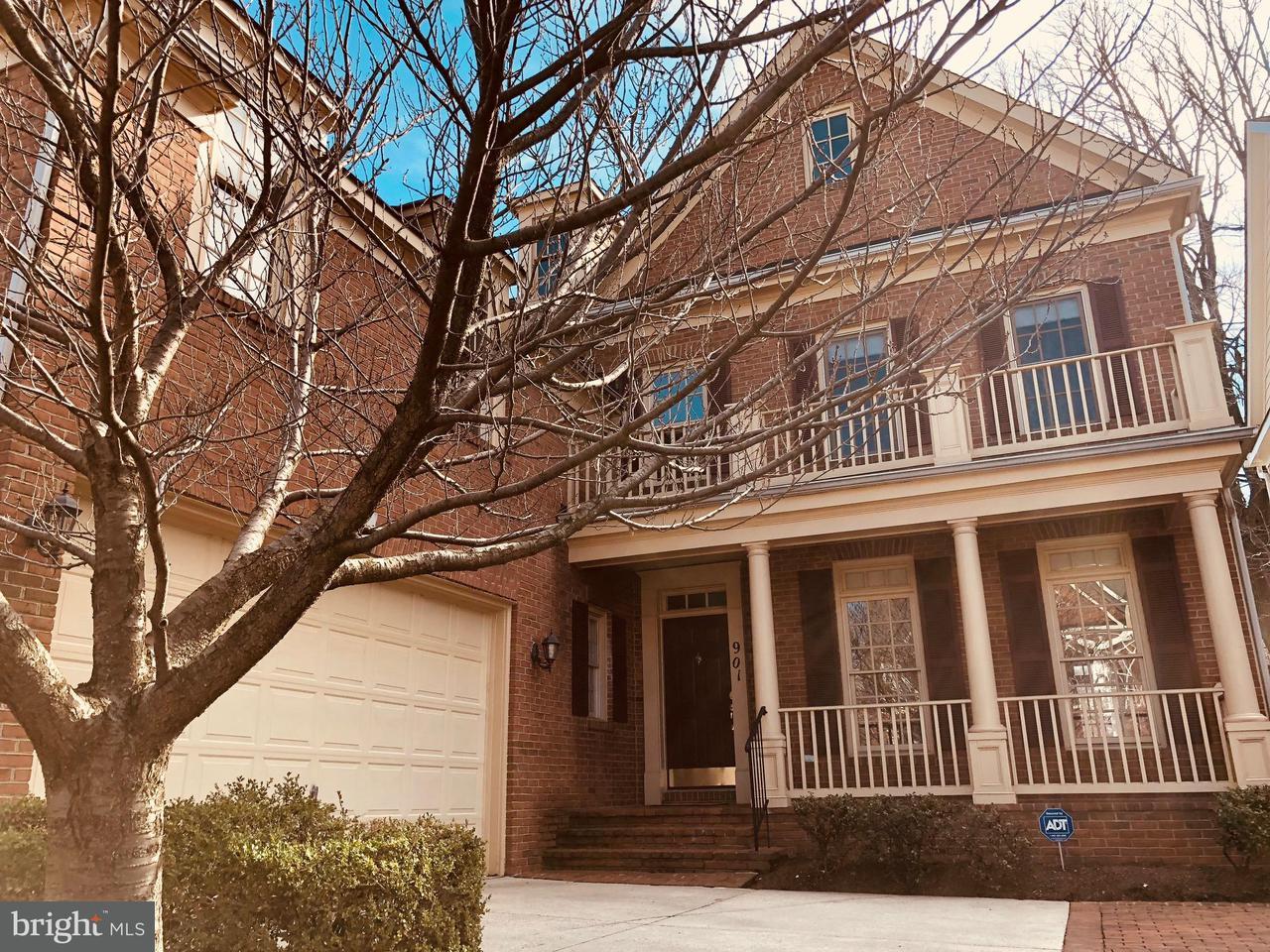 단독 가정 주택 용 매매 에 901 Oak Knoll Ter 901 Oak Knoll Ter Rockville, 메릴랜드 20850 미국