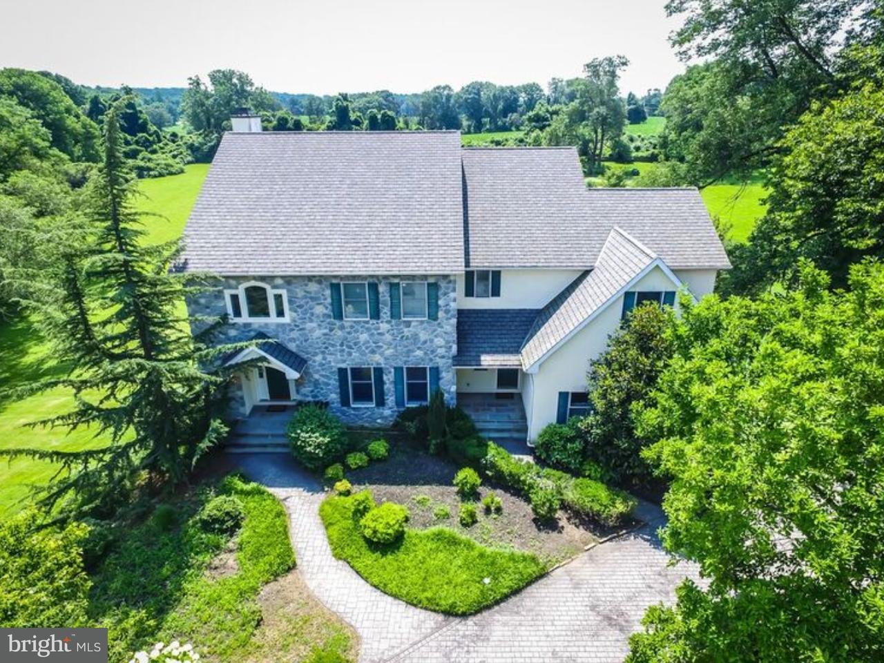 Casa Unifamiliar por un Venta en 1104 CLOVER Lane Glen Mills, Pennsylvania 19342 Estados Unidos