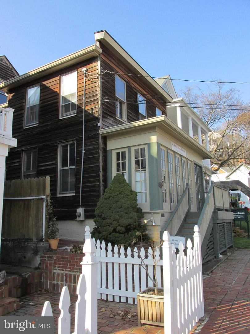 Other Residential for Rent at 306 Commerce St #1 Occoquan, Virginia 22125 United States