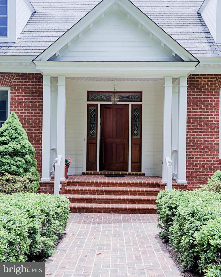 Single Family for Sale at 4750 Zacata Rd Montross, Virginia 22520 United States