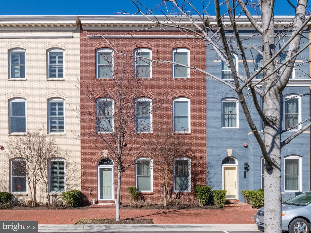 Single Family for Sale at 724 Custis Ave Alexandria, Virginia 22301 United States