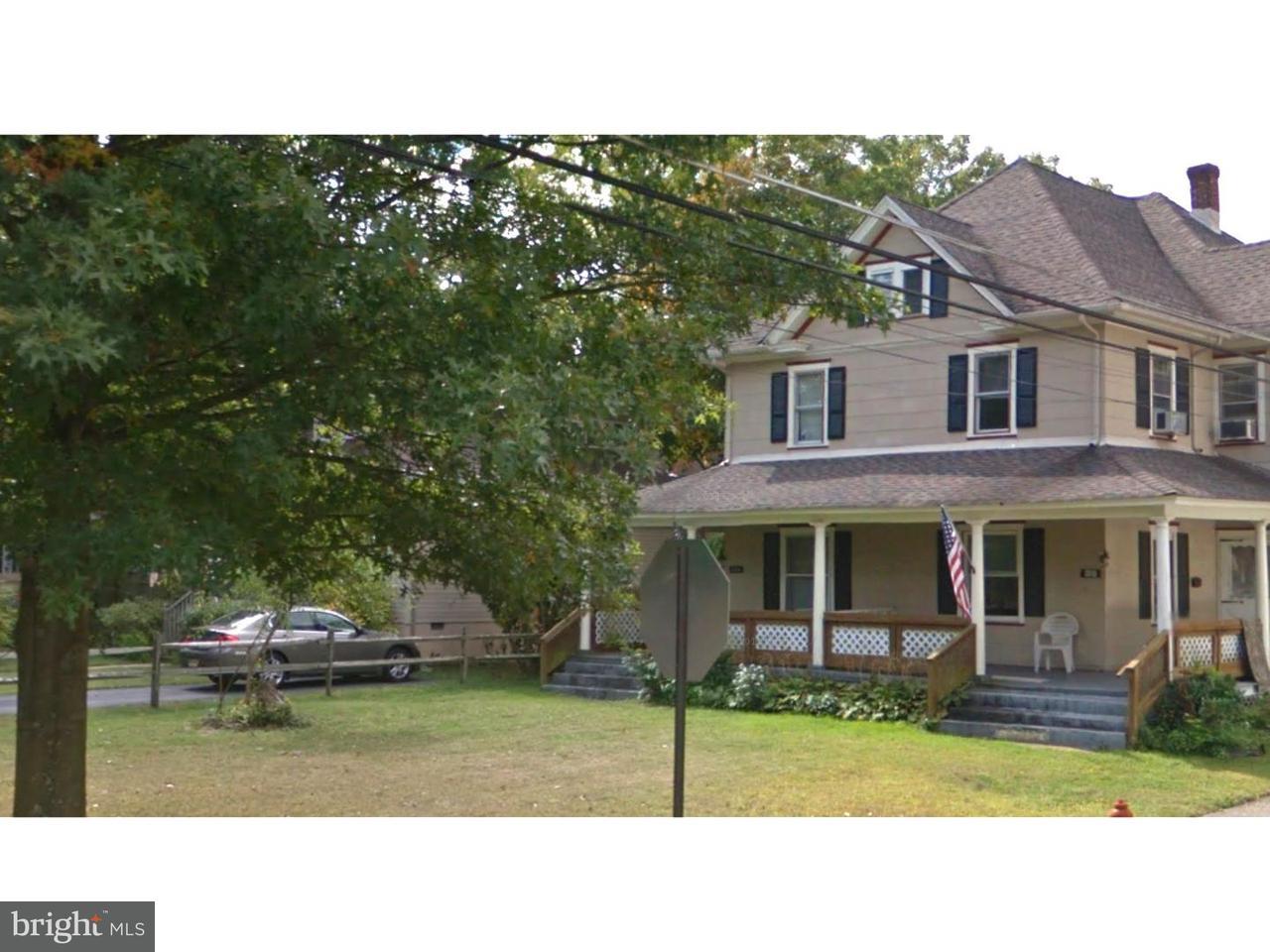 Casa unifamiliar adosada (Townhouse) por un Alquiler en 204 CEDAR Avenue Pitman, Nueva Jersey 08071 Estados Unidos