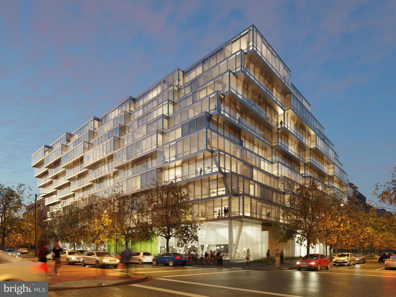 Appartement en copropriété pour l Vente à 1111 24th St Nw #24 1111 24th St Nw #24 Washington, District De Columbia 20037 États-Unis