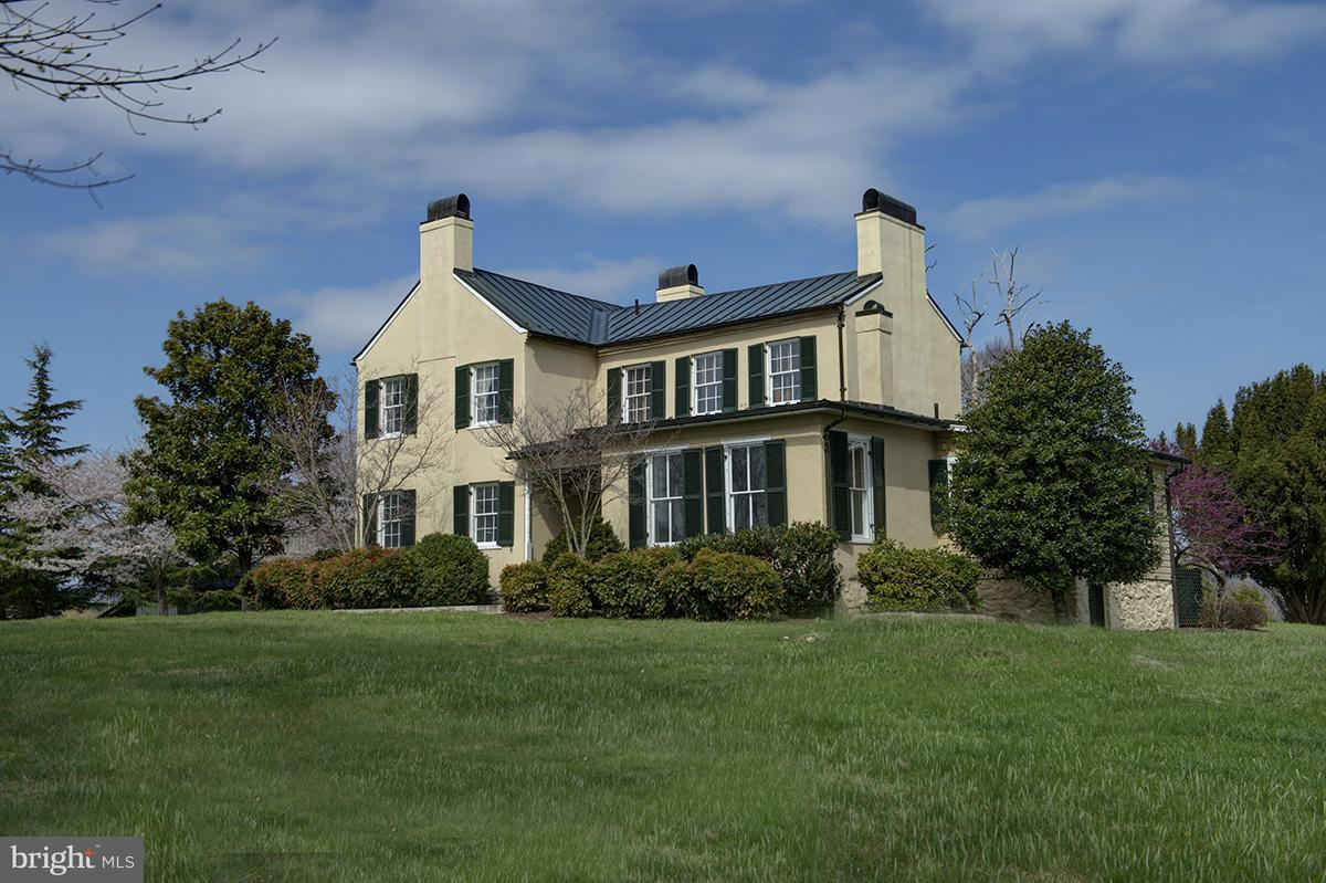 Farm for Sale at 20985 Unison Rd Middleburg, Virginia 20117 United States