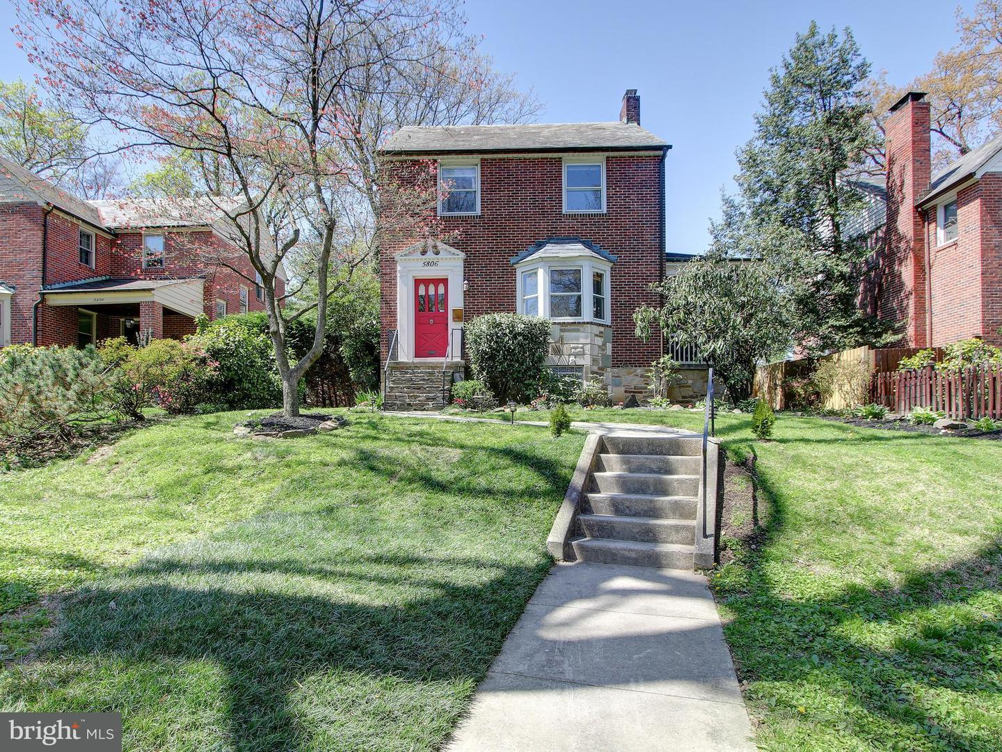 Single Family for Sale at 5806 Kipling Ct Baltimore, Maryland 21212 United States