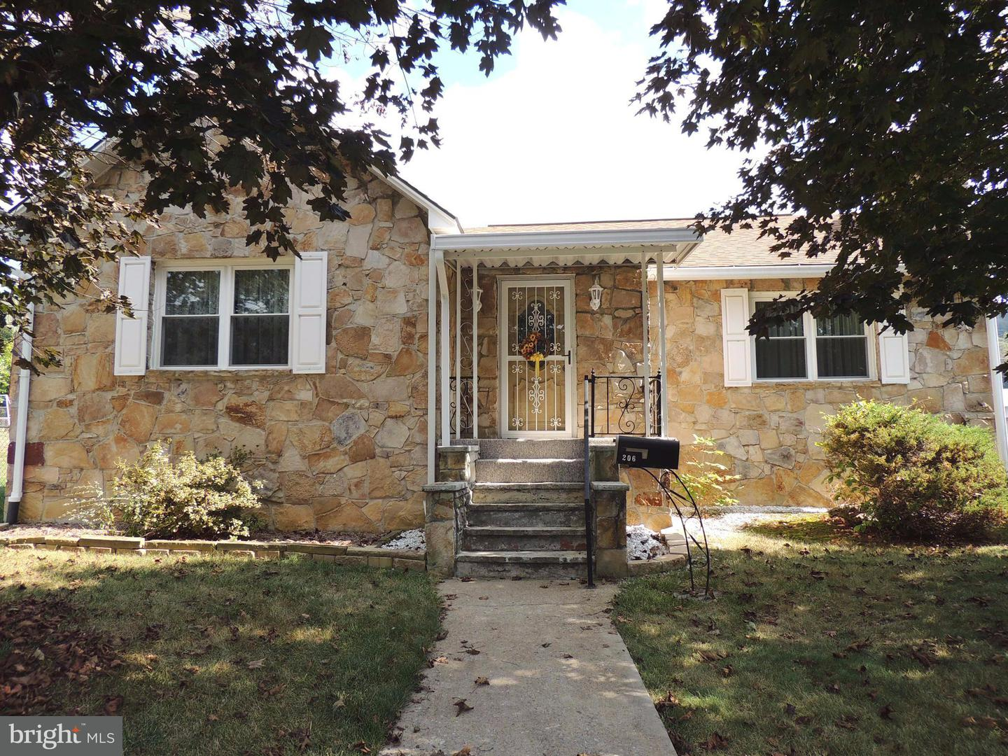 Single Family for Sale at 206 Quality St Westernport, Maryland 21562 United States