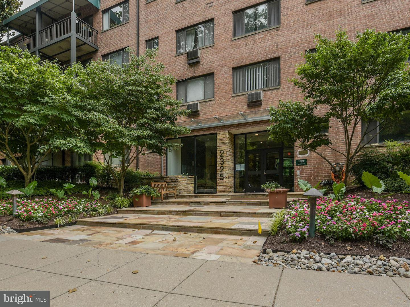 Single Family for Sale at 2325 42nd St NW #215 Washington, District Of Columbia 20007 United States