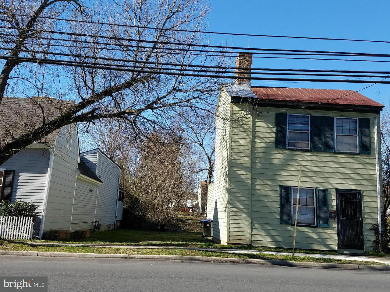 Photo of home for sale at 308 Charles Street, Fredericksburg VA