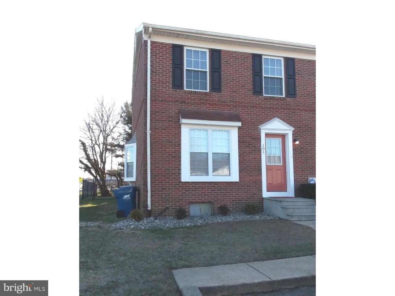 Casa unifamiliar adosada (Townhouse) por un Alquiler en 101 MEETING HOUSE Lane Camden, Delaware 19934 Estados Unidos