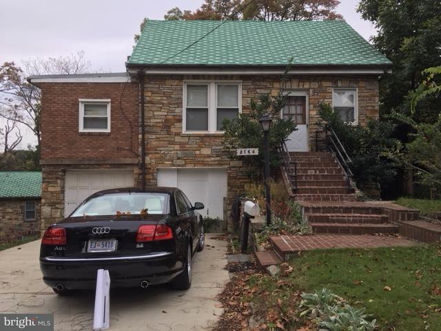 Частный односемейный дом для того Продажа на 3146 Westover Dr Se 3146 Westover Dr Se Washington, Округ Колумбия 20020 Соединенные Штаты