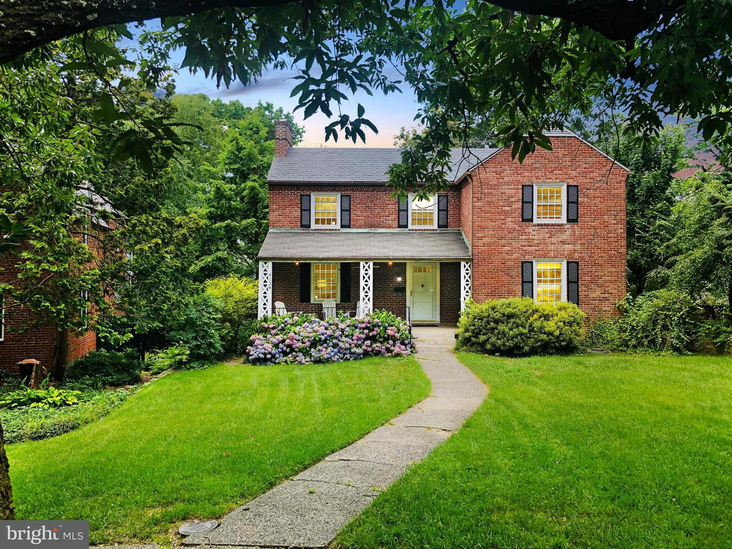 Single Family for Sale at 4128 Westview Rd Baltimore, Maryland 21218 United States