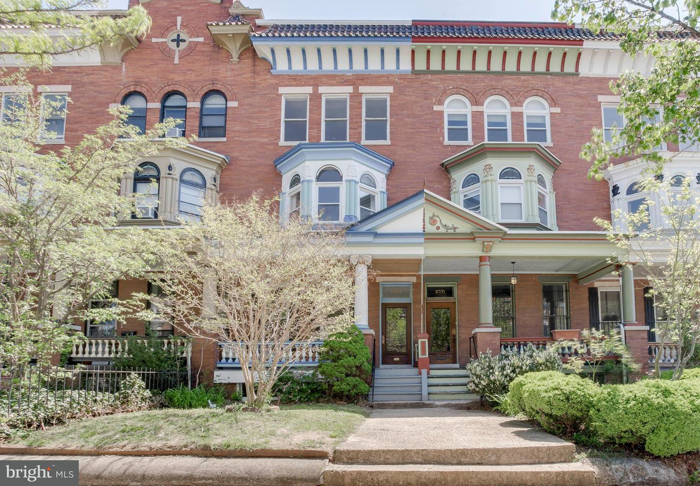 Single Family for Sale at 2713 Calvert St Baltimore, Maryland 21218 United States