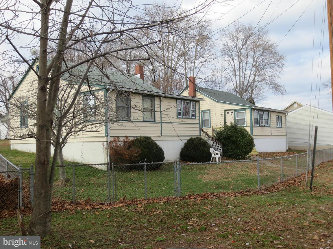 Single Family for Sale at 71 Hacks Point Rd Earleville, Maryland 21919 United States