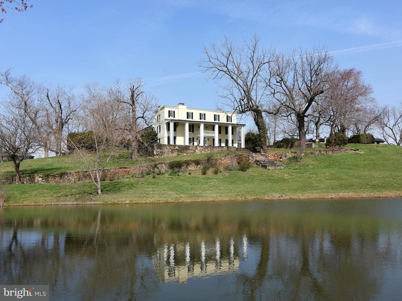 独户住宅 为 销售 在 2546 Halfway Road 2546 Halfway Road 普莱恩斯, 弗吉尼亚州 20198 美国