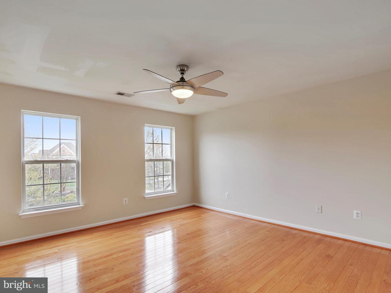 Single Family for Sale at 14310 Kings Crossing Blvd Boyds, Maryland 20841 United States