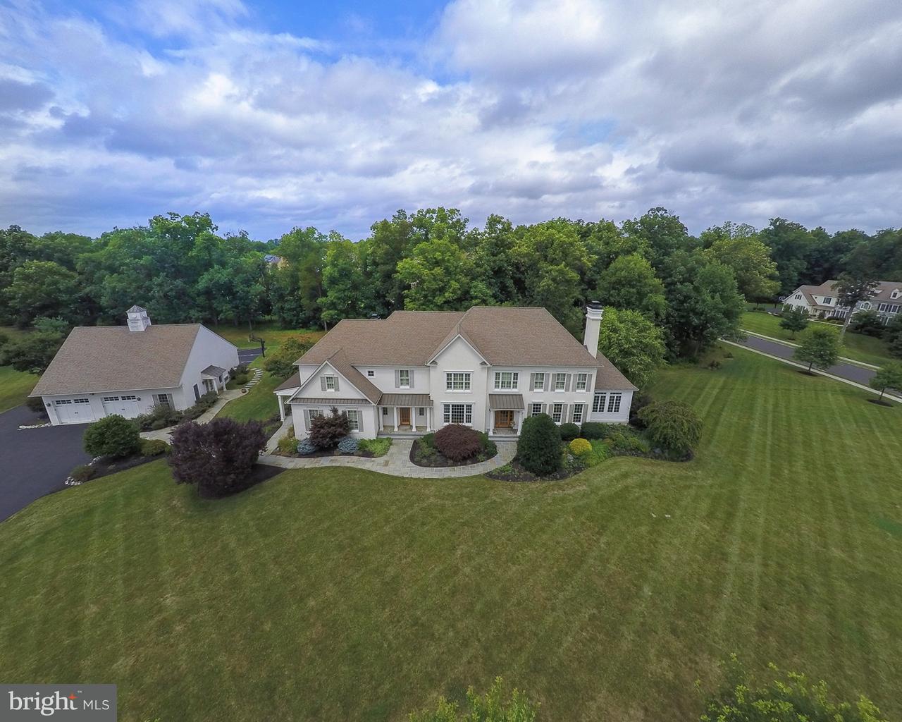Частный односемейный дом для того Продажа на 900 ASHBOURNE WAY Harleysville, Пенсильвания 19438 Соединенные Штаты