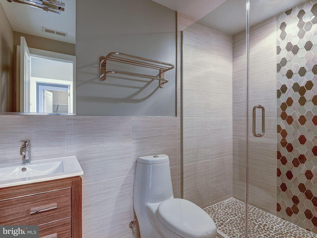 Additional photo for property listing at 3415 14th St Nw #3 3415 14th St Nw #3 Washington, Distretto Di Columbia 20010 Stati Uniti