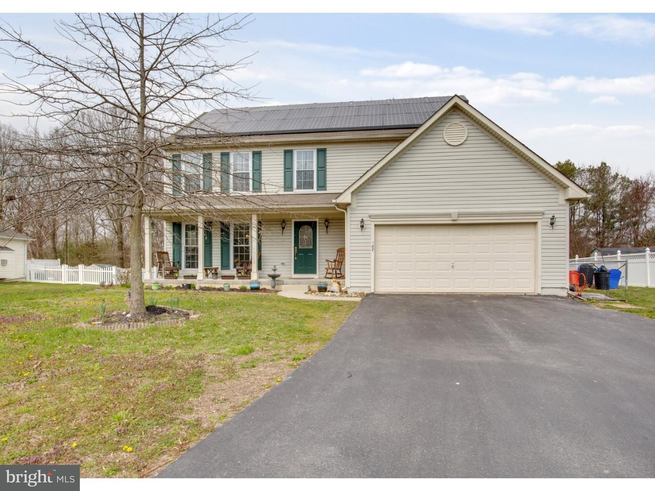 Casa Unifamiliar por un Venta en 107 FENTON Drive Penns Grove, Nueva Jersey 08069 Estados Unidos