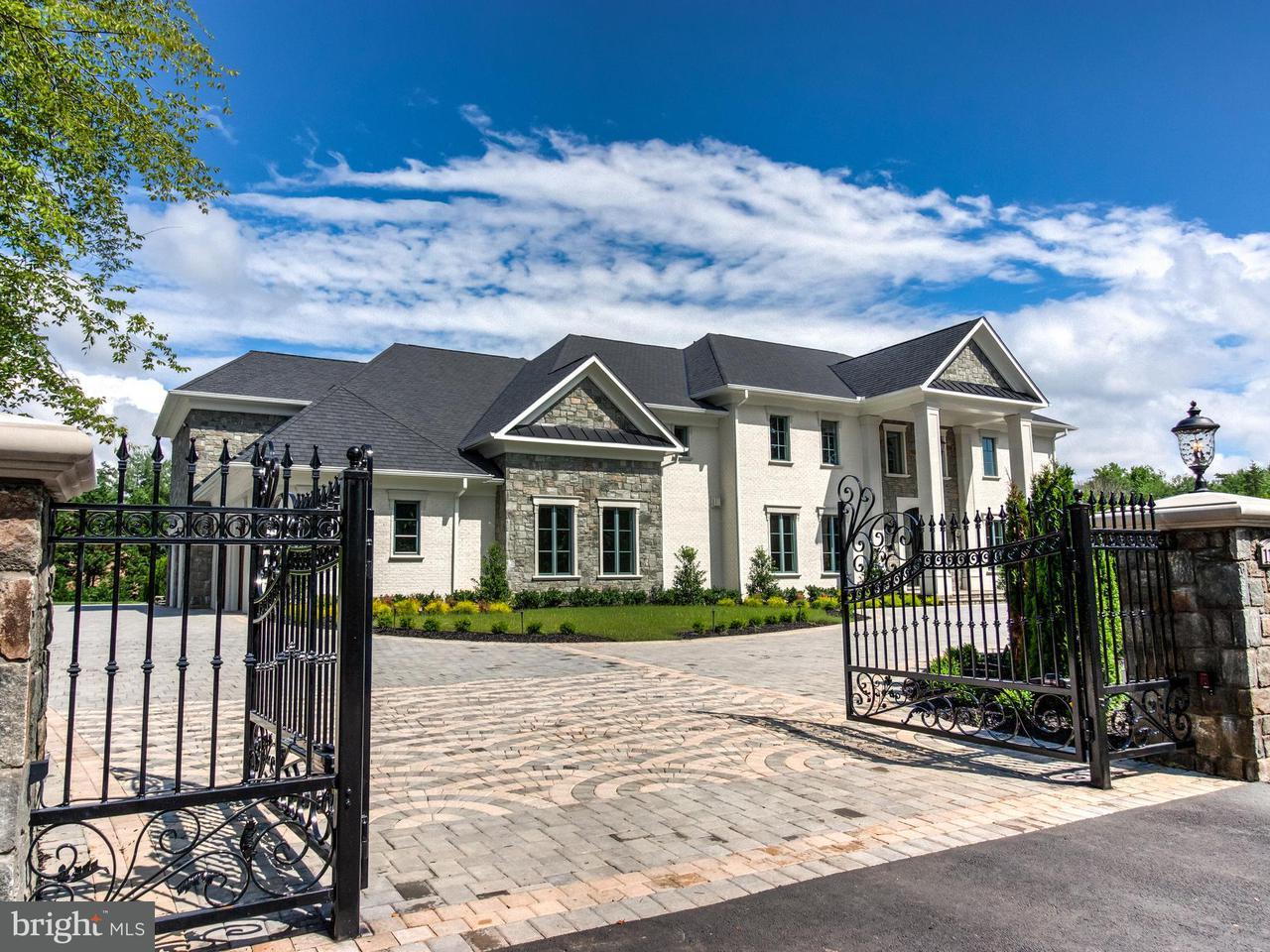 独户住宅 为 销售 在 1181 Ballantrae Lane 1181 Ballantrae Lane 麦克林, 弗吉尼亚州 22101 美国