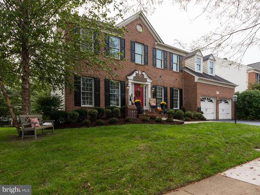 Property for sale at 43345 Royal Burkedale St, Chantilly,  VA 20152