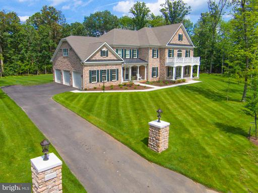 Property for sale at 41968 Pleasant Forest Ct, Ashburn,  VA 20148