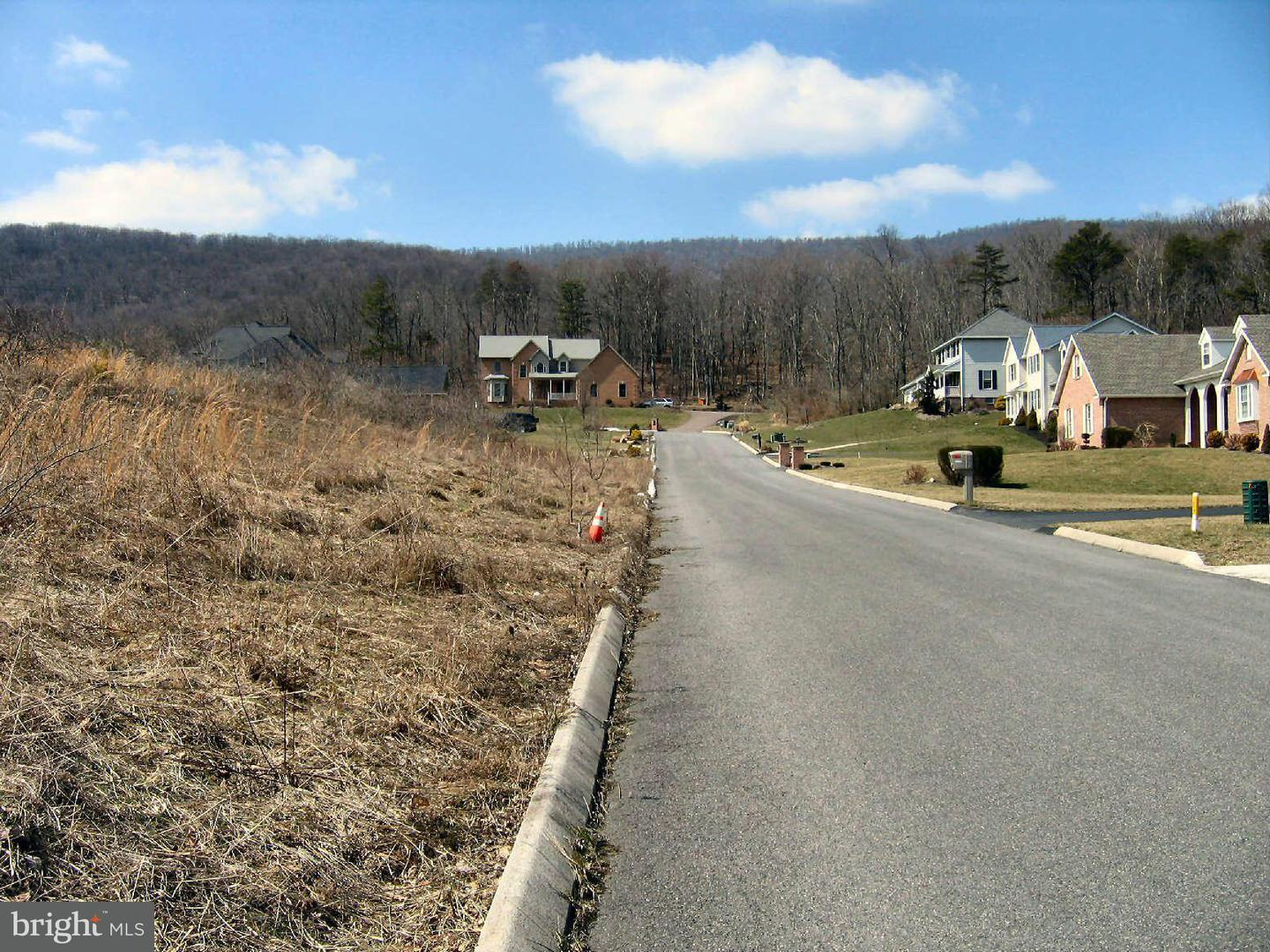 Additional photo for property listing at 10601 Pearl View Pl  Lavale, Maryland 21502 United States