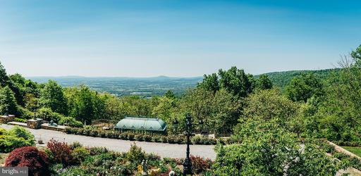 Property for sale at 19238 Blueridge Mountain Rd, Bluemont,  VA 20135