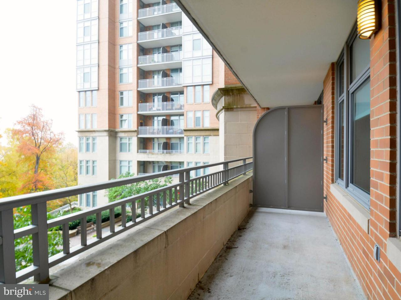 Additional photo for property listing at 8220 Crestwood Heights Dr #303 8220 Crestwood Heights Dr #303 McLean, Virginia 22102 United States