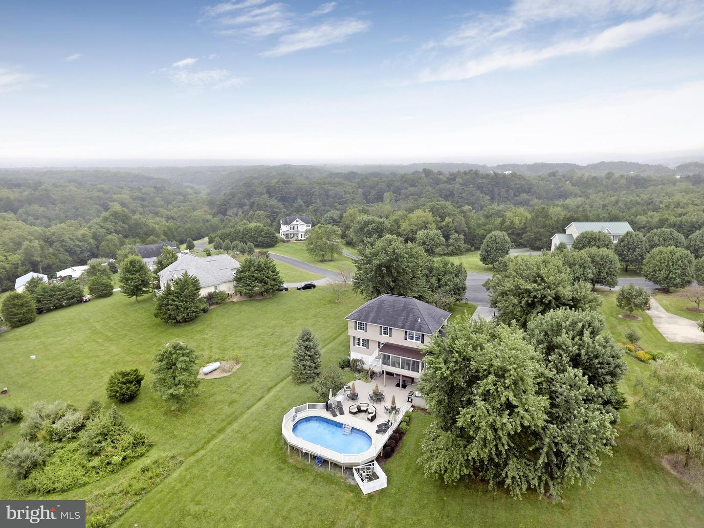 Single Family for Sale at 207 Roberts Rd Toms Brook, Virginia 22660 United States
