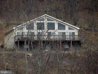 Single Family for Sale at 1 High Knob Ln New Creek, West Virginia 26743 United States