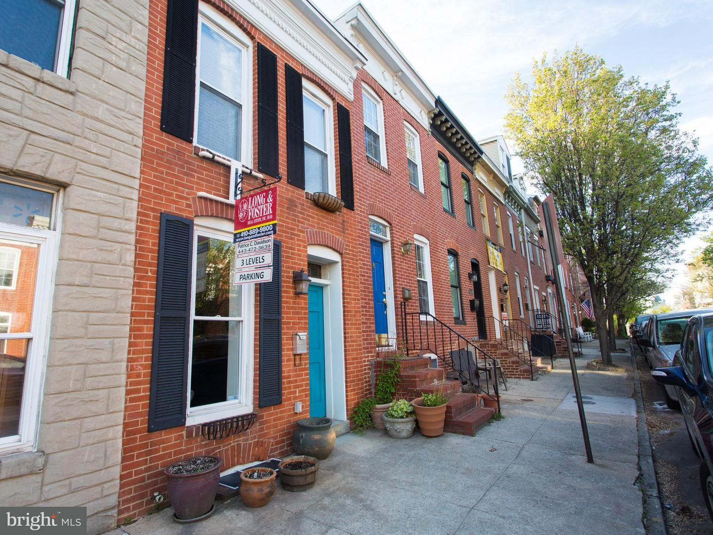 Photo of home for sale at 1438 Battery Avenue, Baltimore MD
