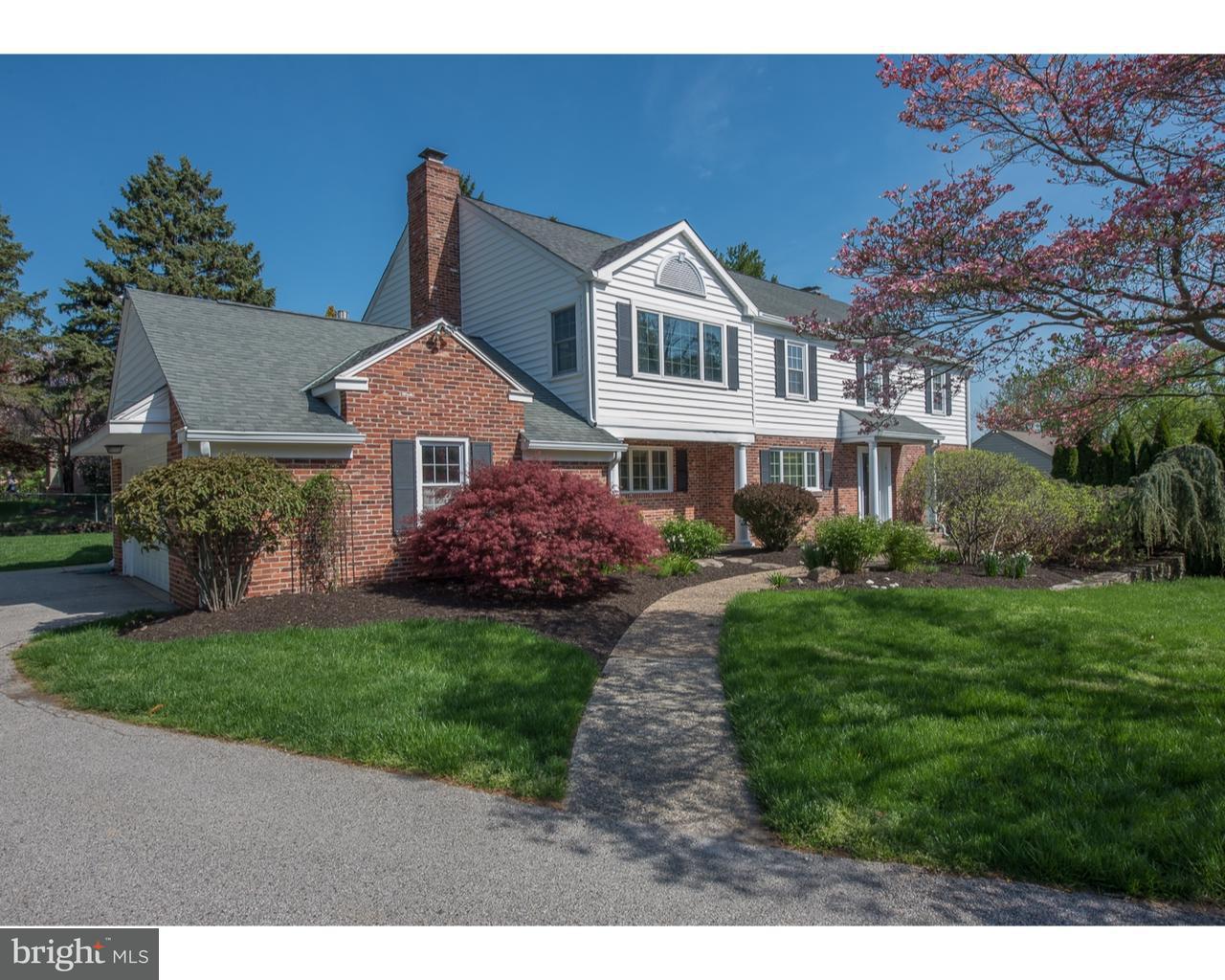 独户住宅 为 销售 在 1130 E TOWER LN E Narberth, 宾夕法尼亚州 19072 美国