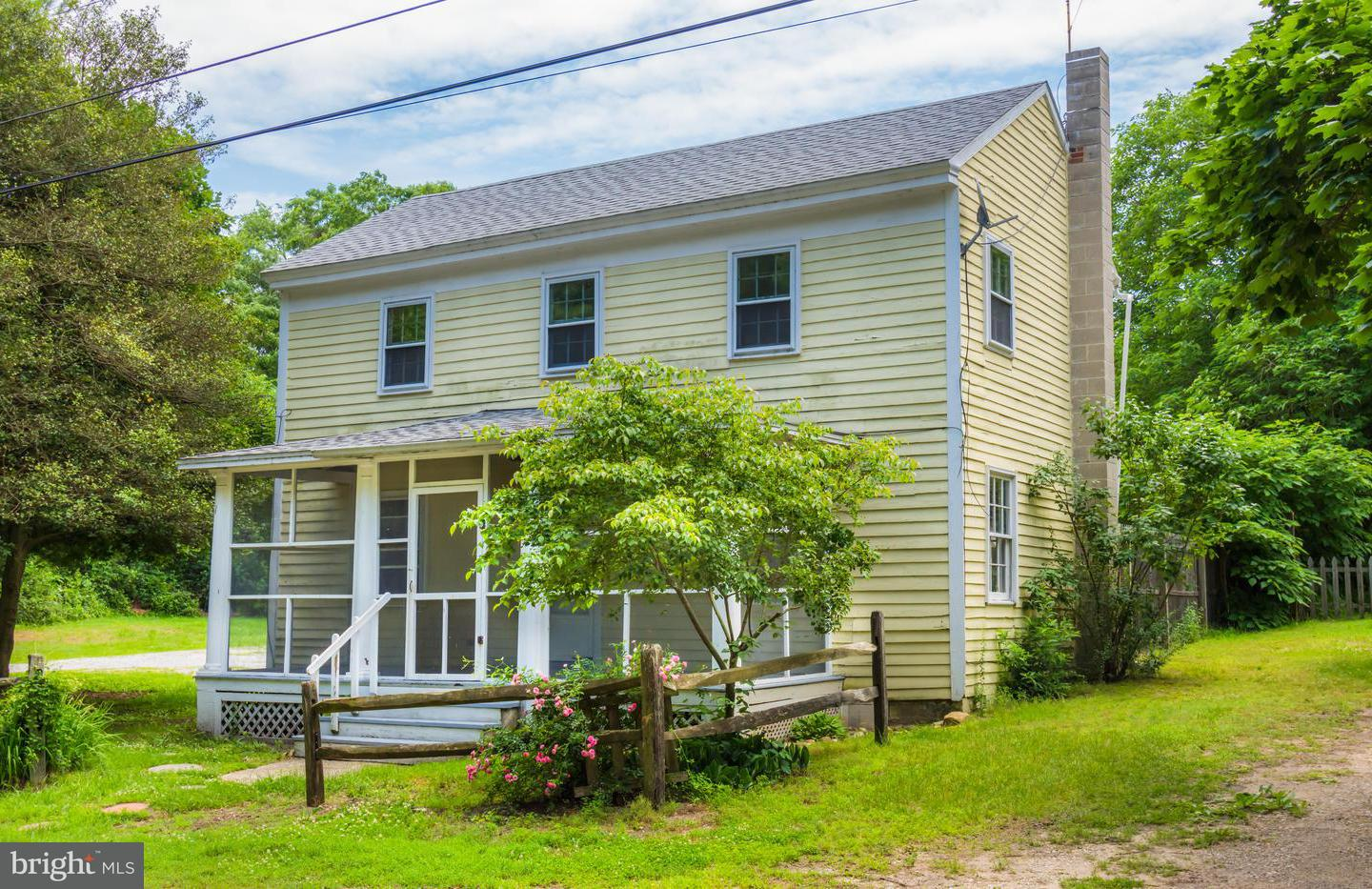 Single Family for Sale at 113 Front St Crumpton, Maryland 21628 United States