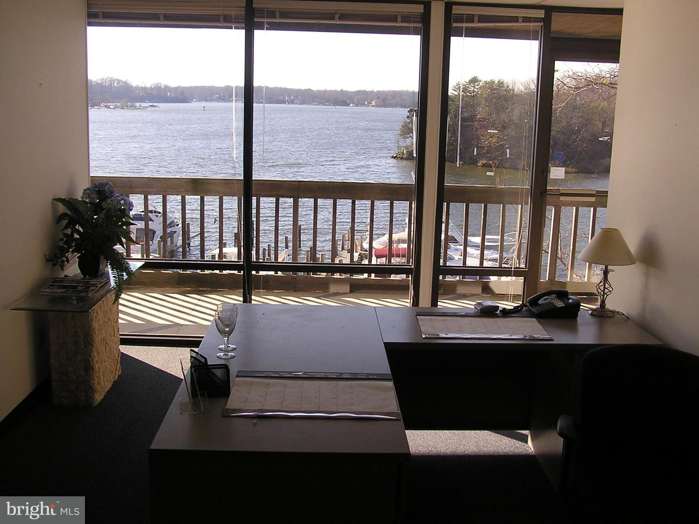Other Residential for Rent at 2820 Solomons Island Rd Edgewater, Maryland 21037 United States