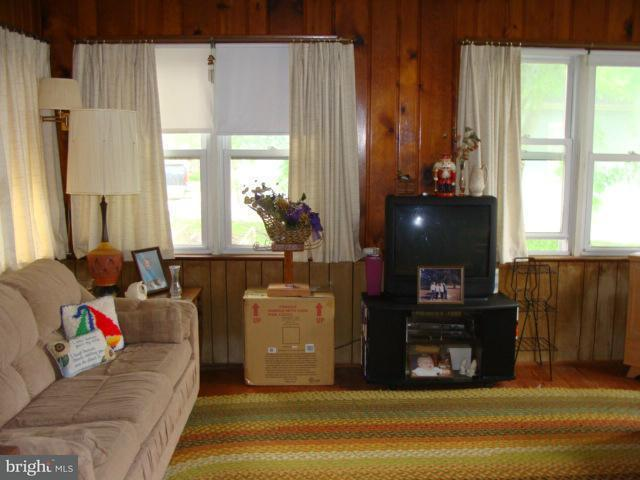 Additional photo for property listing at 7777 Patuxent Drive 7777 Patuxent Drive St. Leonard, Maryland 20685 États-Unis