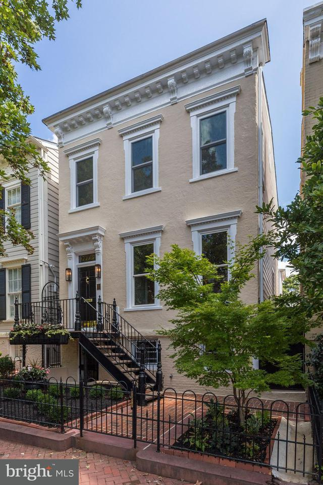 Townhouse for Sale at 1415 33rd St Nw 1415 33rd St Nw Washington, District Of Columbia 20007 United States