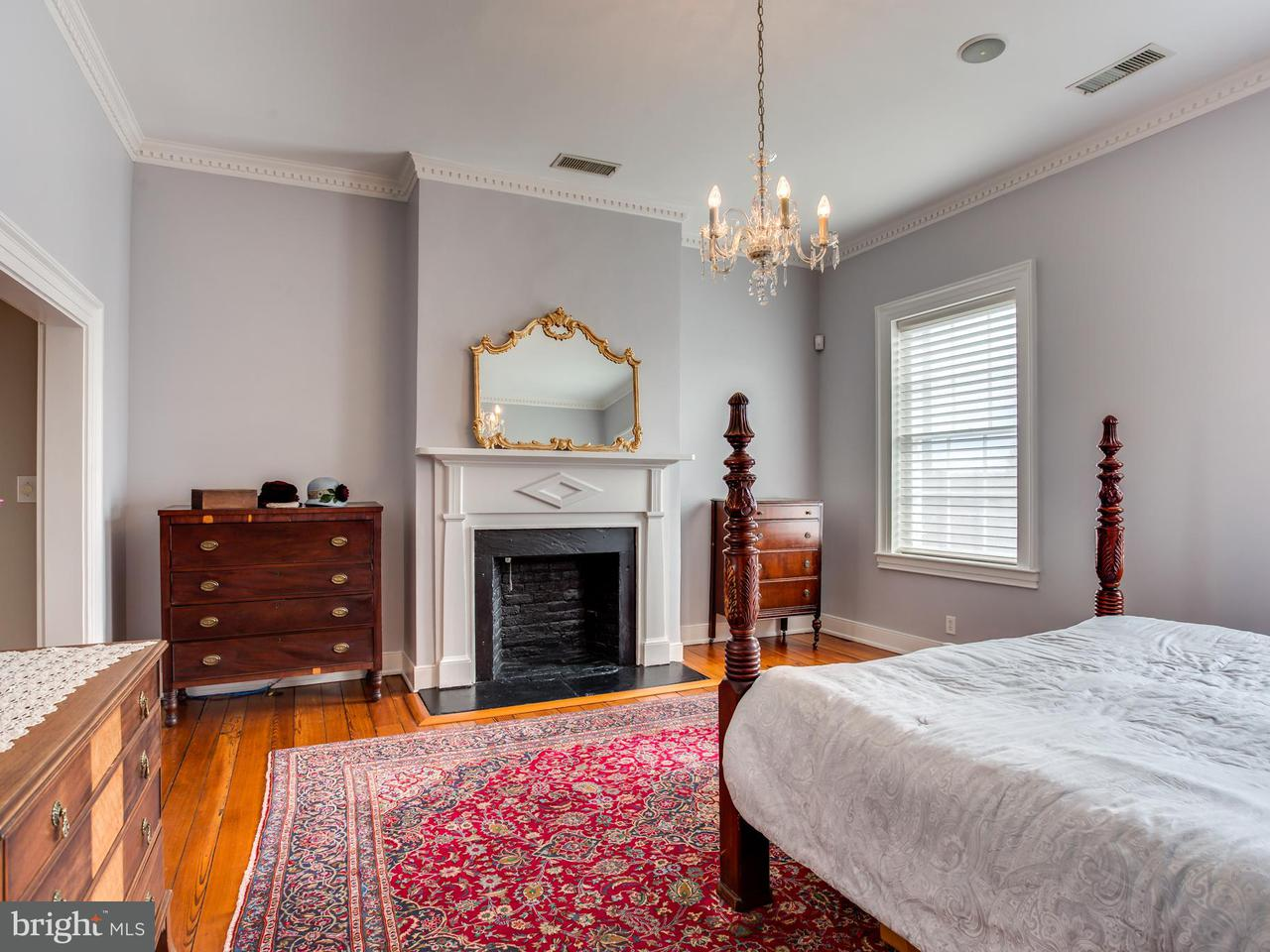 Additional photo for property listing at 406 Hanover Street 406 Hanover Street Fredericksburg, バージニア 22401 アメリカ合衆国