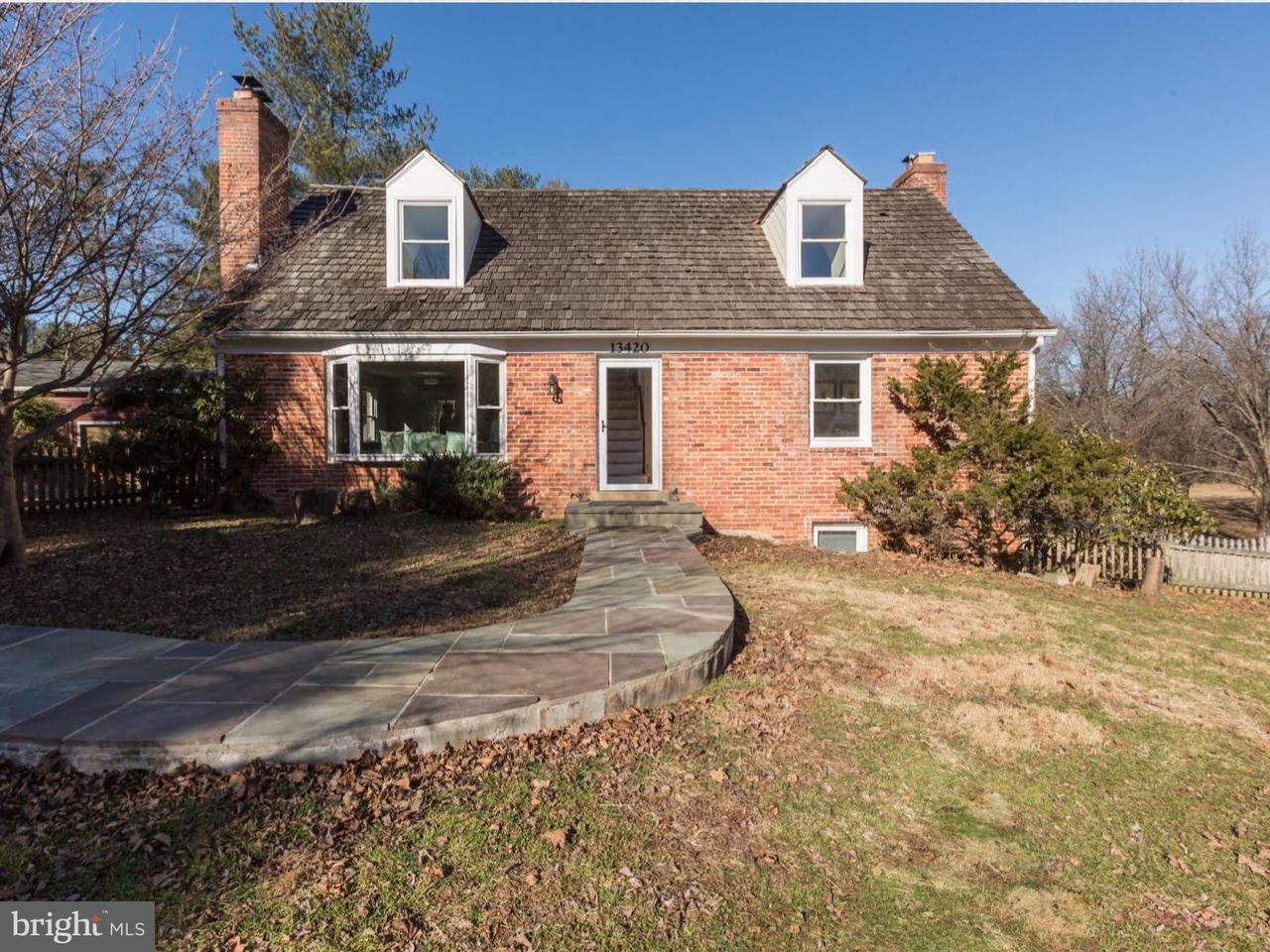 獨棟家庭住宅 為 出售 在 13420 Query Mill Road 13420 Query Mill Road North Potomac, 馬里蘭州 20878 美國