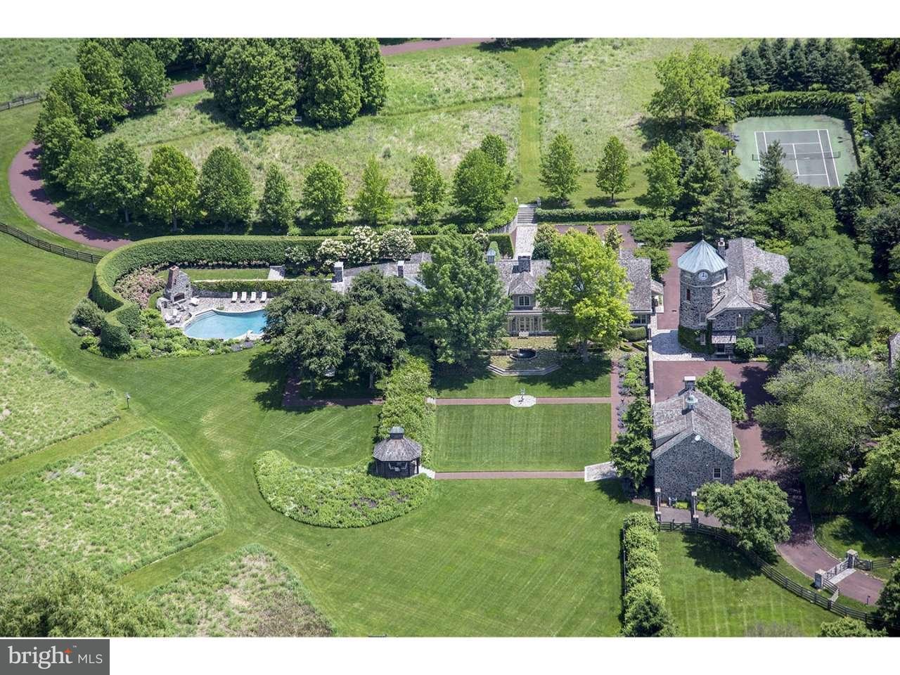 独户住宅 为 销售 在 770 GODFREY Road 维拉诺瓦, 宾夕法尼亚州 19085 美国