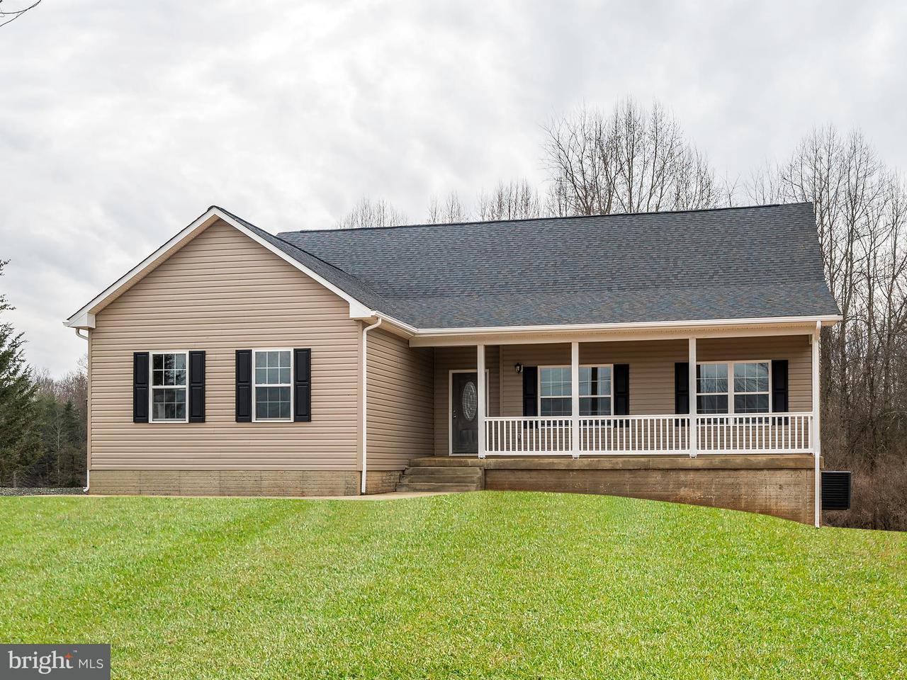 Vivienda unifamiliar por un Venta en Sumerduck Road Sumerduck Road Sumerduck, Virginia 22742 Estados Unidos