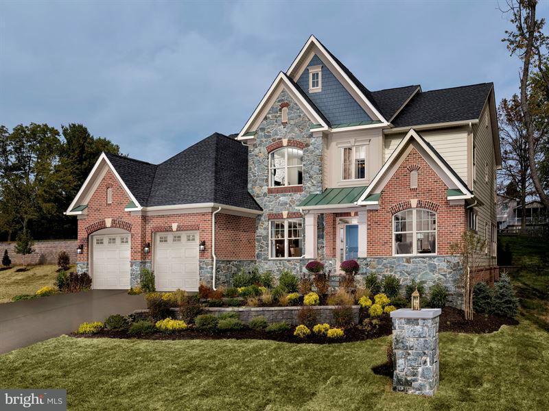 Casa Unifamiliar por un Venta en 2208 Dulaney View Court 2208 Dulaney View Court Lutherville Timonium, Maryland 21093 Estados Unidos