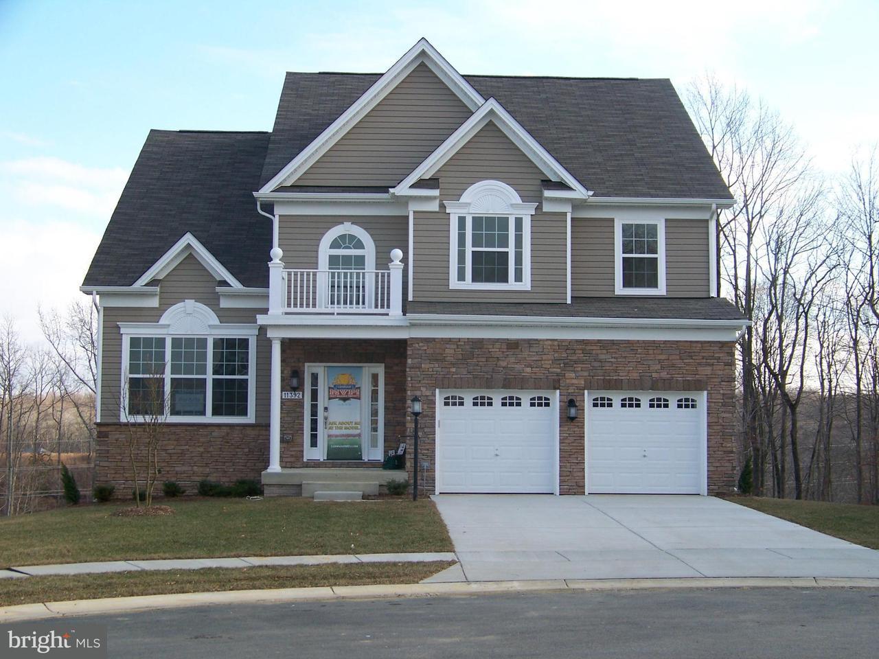 Vivienda unifamiliar por un Venta en 11392 Flag Court 11392 Flag Court White Plains, Maryland 20695 Estados Unidos