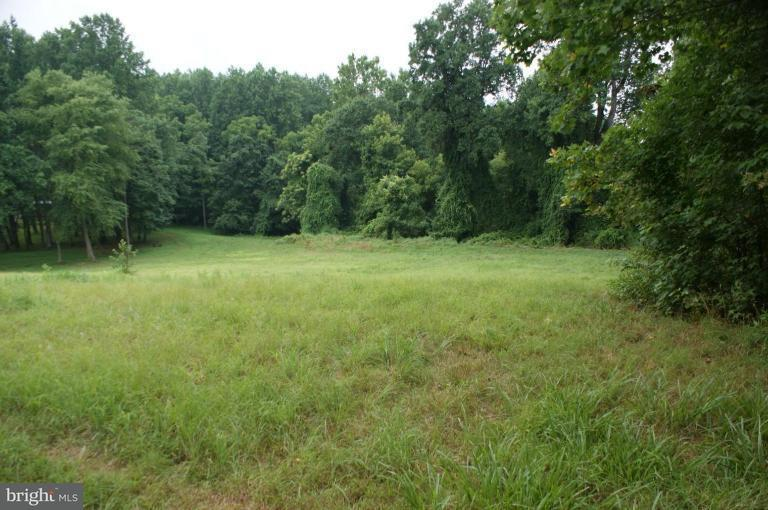Additional photo for property listing at Floral Park Rd  Clinton, Maryland 20735 United States