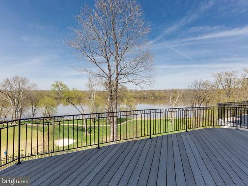 Property for sale at 18282 Buccaneer Ter, Leesburg,  VA 20176