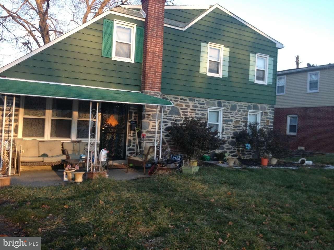 独户住宅 为 销售 在 827 E PENN PINES BLVD Aldan, 宾夕法尼亚州 19018 美国