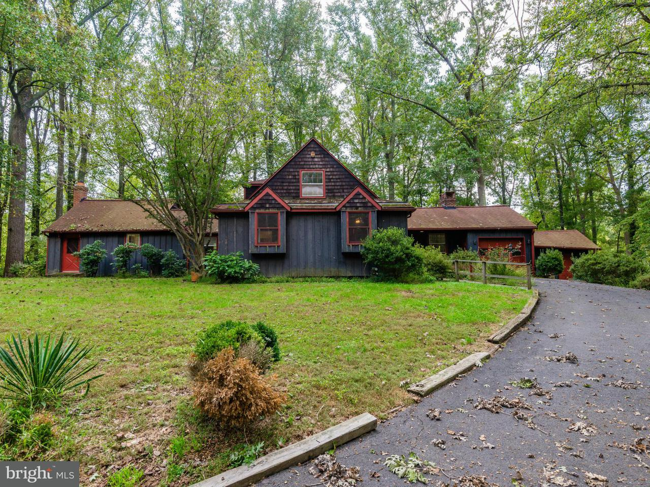 Single Family Home for Sale at 1030 Millwood Road 1030 Millwood Road Great Falls, Virginia 22066 United States