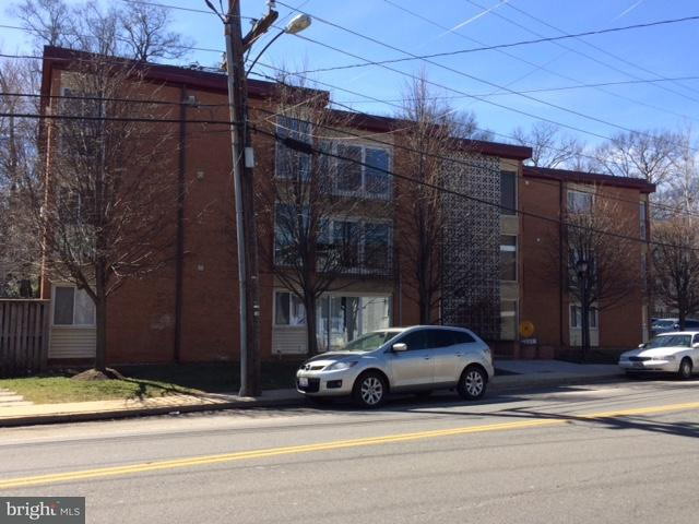 Other Residential for Rent at 720 W Glebe Rd #1b Alexandria, Virginia 22305 United States