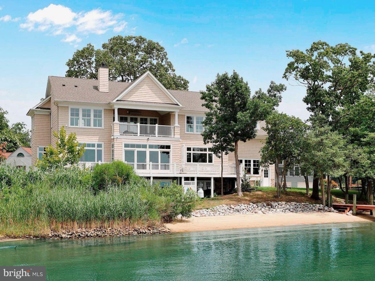 Μονοκατοικία για την Πώληση στο 1054 Trails End Road 1054 Trails End Road Pasadena, Μεριλαντ 21122 Ηνωμενεσ Πολιτειεσ