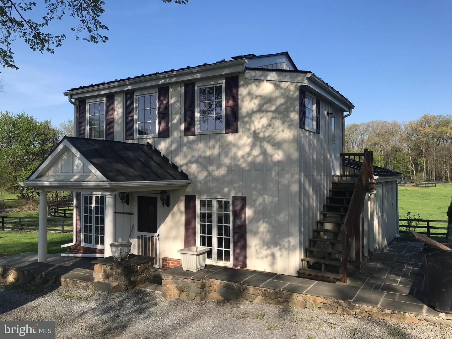 Other Residential for Rent at 20638 Furr Rd Round Hill, Virginia 20141 United States